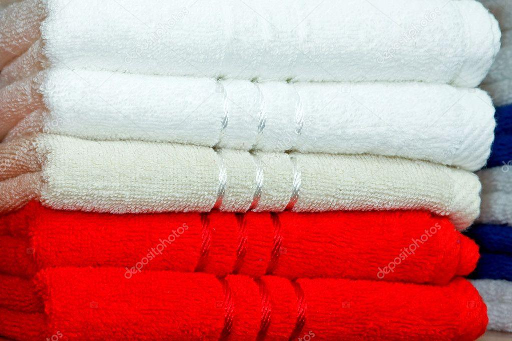 Handtucher Rot Stockfoto C Baloncici 3356341