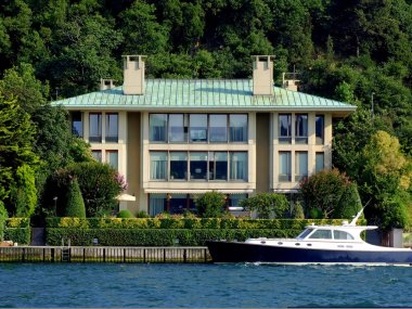 Villa and yacht