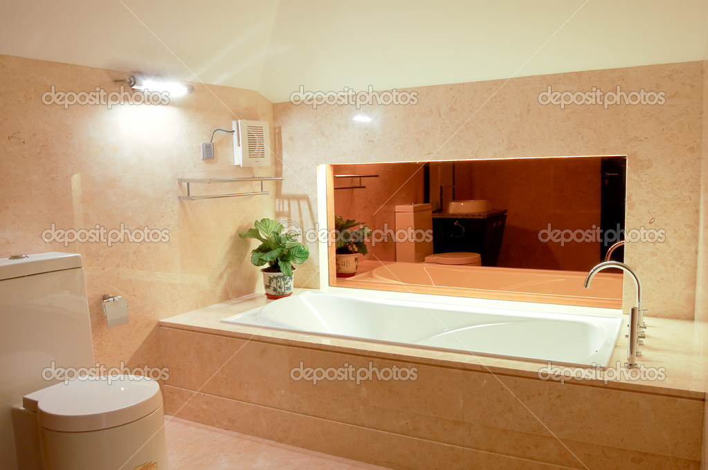 Washroom with big bathtub — Stock Photo © wirelessg #2716949