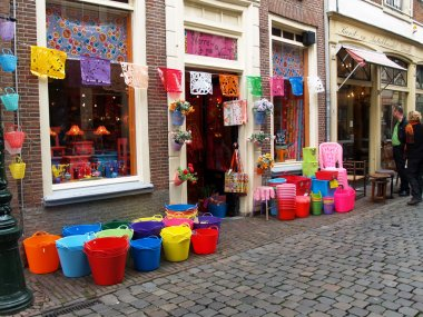 Small shop with pails