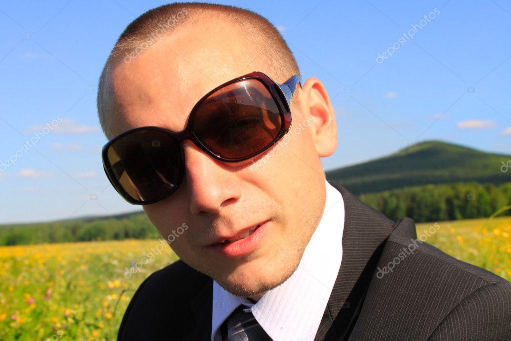 фото мужчин скачать в очках