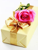 krabičce a růže