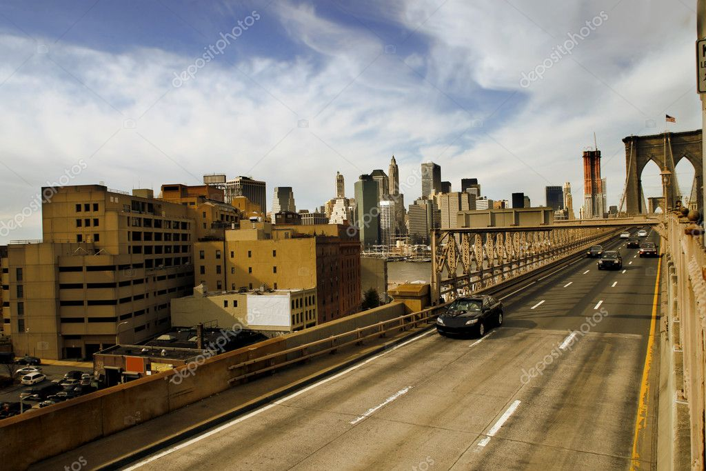 View of the Brooklyn Bridge in New York