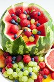 ovocný salát ve vodní meloun