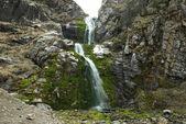 Fotografia cascata di autunno
