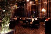 Fotografia ristorante interno notte