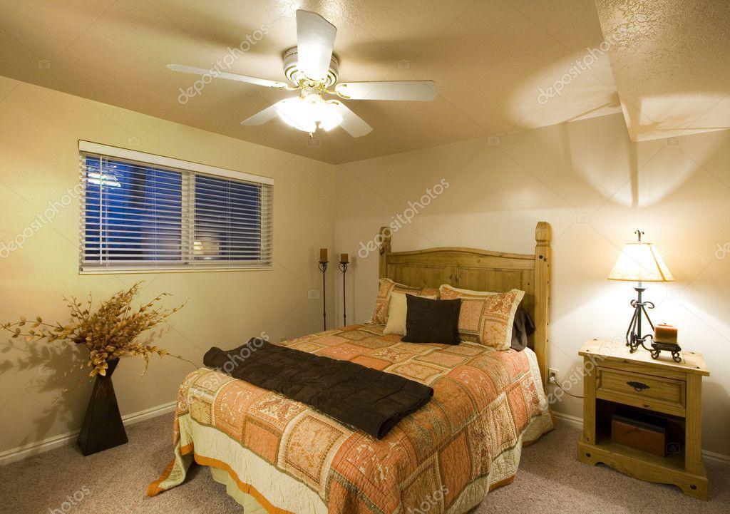 klassisch stilvolle Schlafzimmer — Stockfoto © mdilsiz #2862604