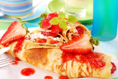 Pancakes with strawberry mousse