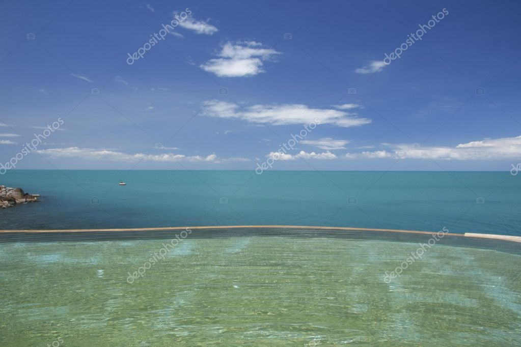 Tropical resort infinity pool