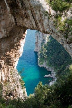 """Картина, постер, плакат, фотообои """"природная арка в капри, италия визитки"""", артикул 3098038"""