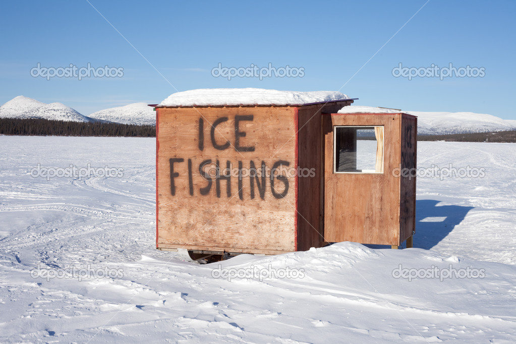 Ice Fishing Hut Stock Photo Pilens 2835378