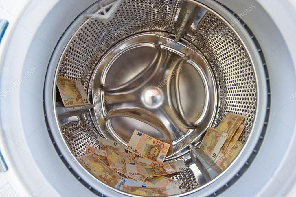 Money in wacher