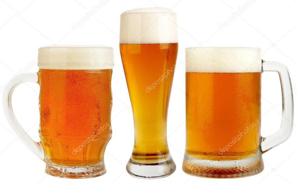 Set di bicchieri pils fresca birra con schiuma e acqua for Bicchieri birra prezzi