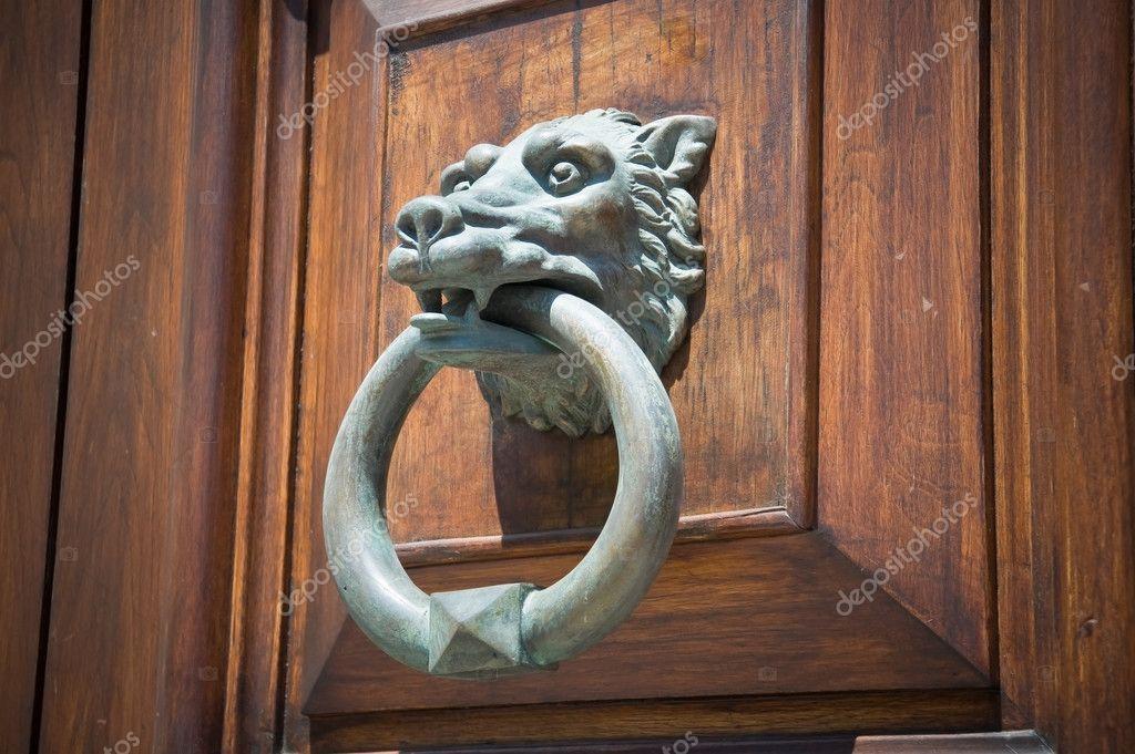 Wolf Head Doorknocker. U2014 Photo By Milla74