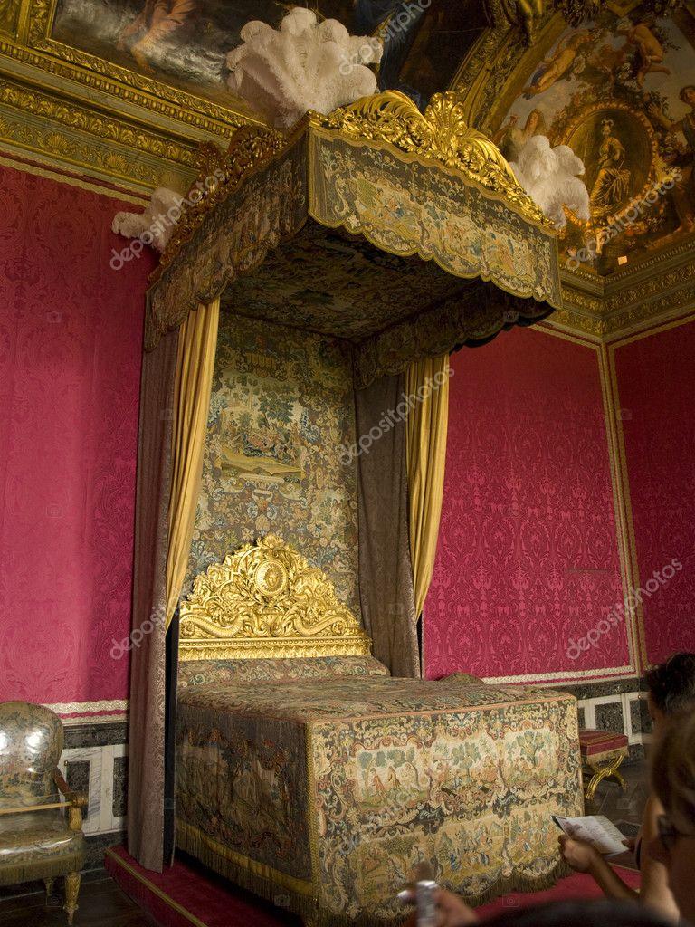 Koninklijke slaapkamer — Stockfoto © SOMATUSCANI #3182136