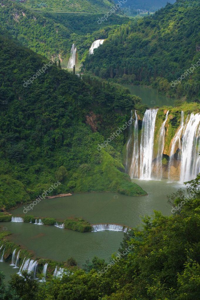 Nine Dragon Falls
