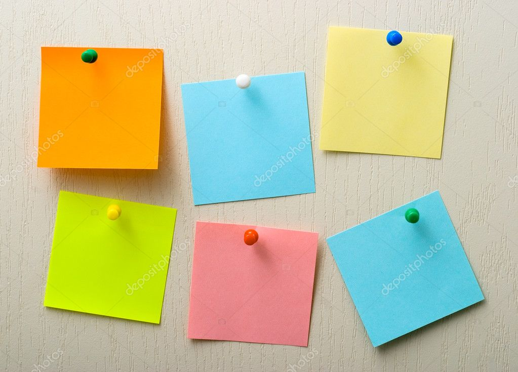 Post it notes and pins