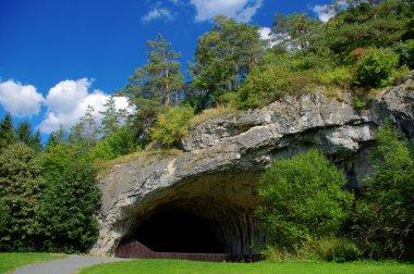 Cave Kůlna