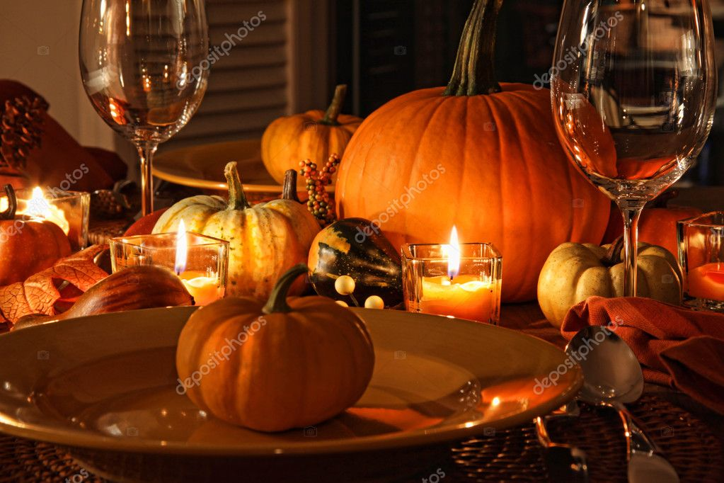Festive autumn place settings with pumpkins — stock photo