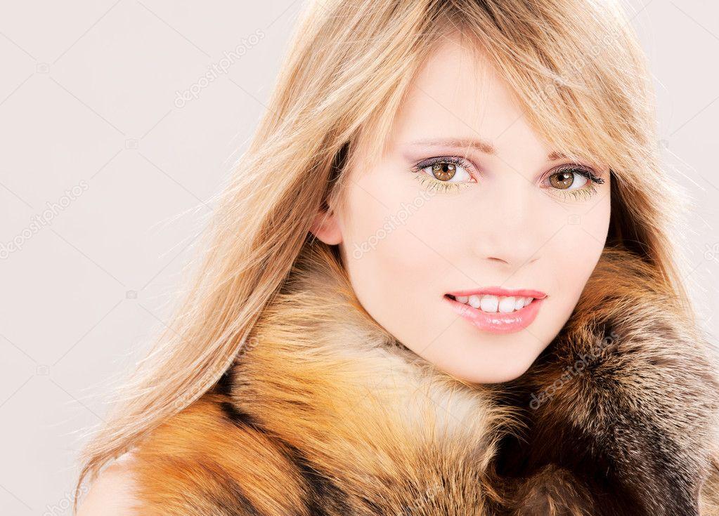 ragazza adolescente foto orgia privata
