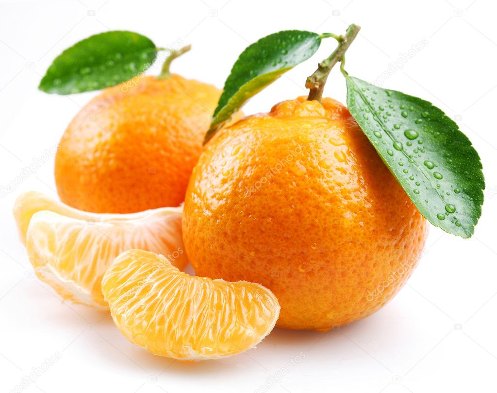 Tangerine with segments.