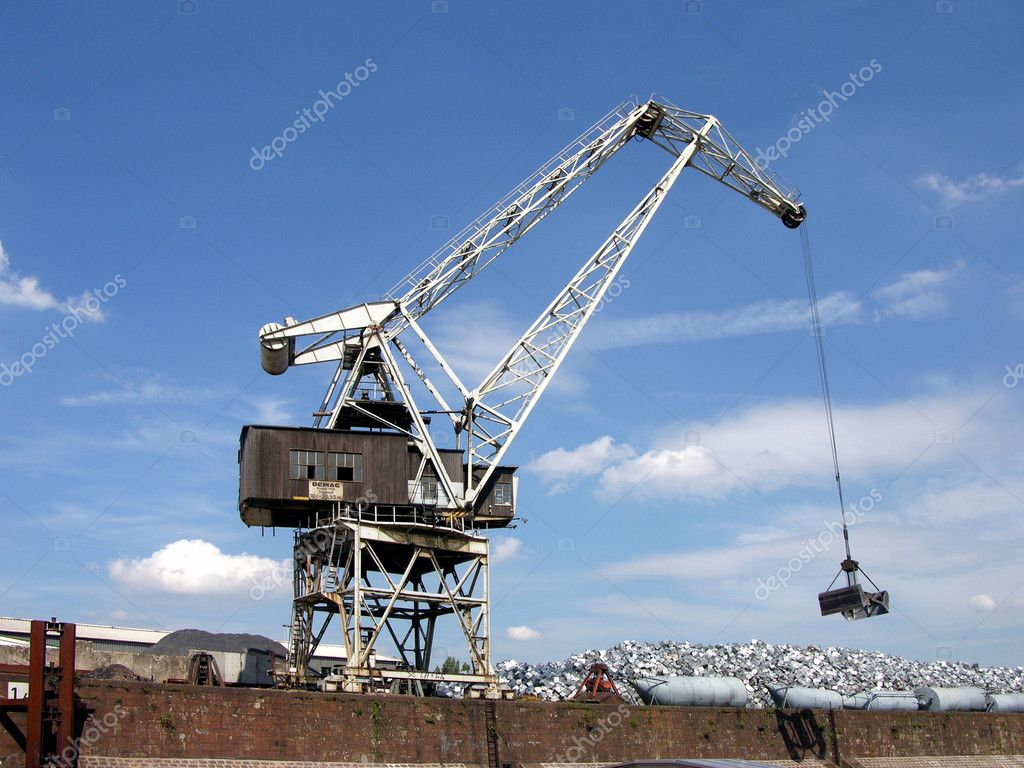 port crane chat Henan crane co, ltd, experts in manufacturing and exporting port crane, shipbuilding crane and 2754 more products a verified cn gold supplier on alibabacom.
