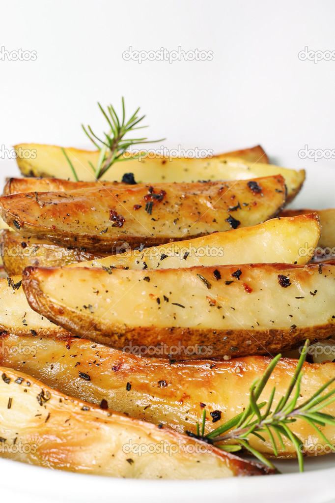 Roasted potatoes vertical