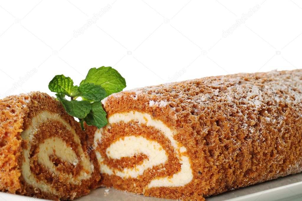 Pumpkin roll upclose with mint