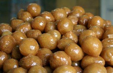 Sweet balls