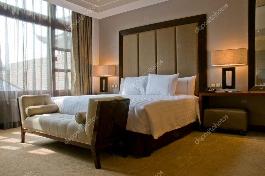 Camera da letto di un elegante hotel 5 stelle lusso foto for 5 piani di camera da letto 4 bagni