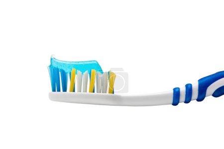 Photo pour Brosse à dents et dentifrice isolés sur fond blanc - image libre de droit
