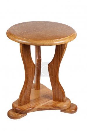 Photo pour Chaise en bois isolée sur un fond blanc chemin de coupe . - image libre de droit