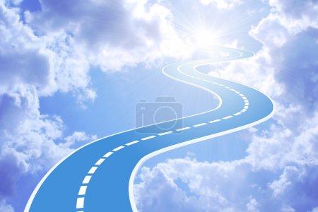 Photo pour Image conceptuelle - route de ciel - image libre de droit