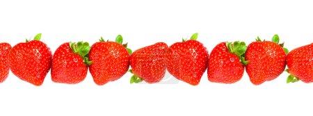 Ripe strawberry seamless background