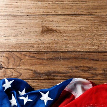 Photo pour Agitant un drapeau usa avec vague - image libre de droit