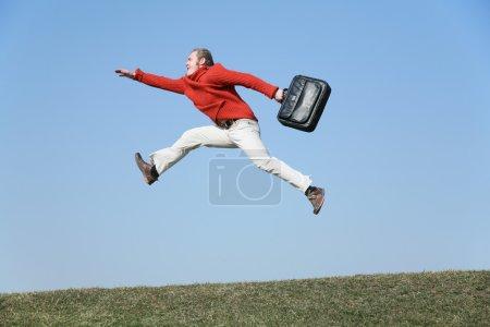 Run fly man with bag