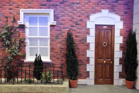 Face house window door