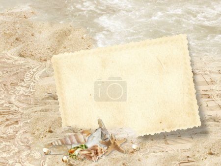 Vintage frame with seashells