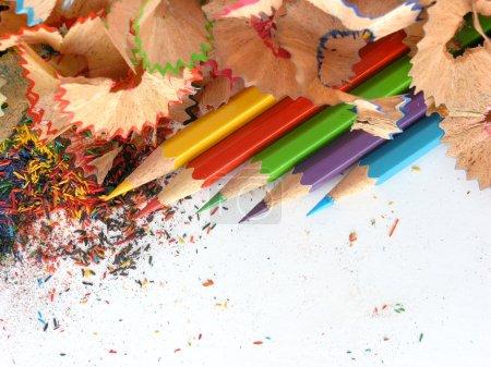 Photo pour Crayons dans un environnement rasages - image libre de droit