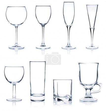 Photo pour Verre à cocktail collection - verres à cocktails et vins plus populaires. isolé sur fond blanc - image libre de droit