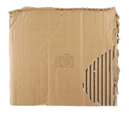 Photo pour Feuille de carton isolée sur blanc - image libre de droit