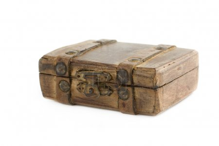 Photo pour Vieille valise brune isolée sur fond blanc - image libre de droit