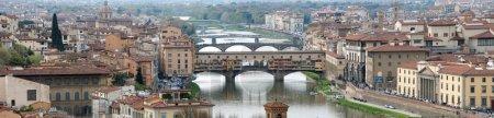 Photo pour Vue panoramique de Florence depuis la colline de Piazzale Michelangelo - image libre de droit