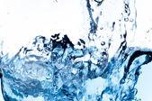 Spruzzata di acqua pulita