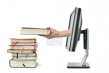 Photo pour Concept de téléchargement de l'e-book via la librairie Internet, isolé avec fond blanc - image libre de droit