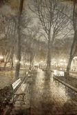 bancs de jardin central, odessa ukraine. photo dans l'ancien style d'image