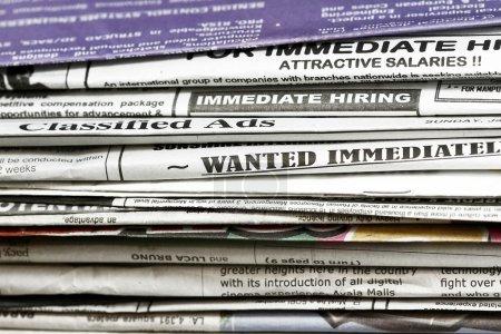 Photo pour Vous cherchez un concept d'emploi - beaucoup d'utilisations pour l'emploi et emploi relié. - image libre de droit