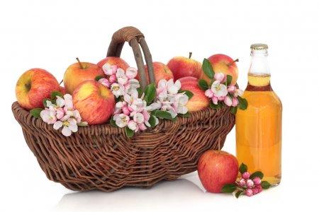 Cider, Apples and Flower Blossom