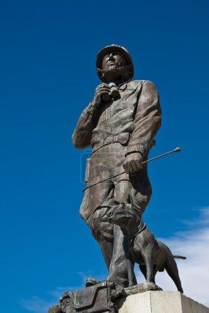 Photo pour Statue du général patton et chien au Musée général patton, Californie. - image libre de droit
