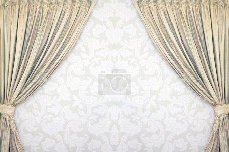 Photo pour Rideaux de style classique en velours gris - image libre de droit